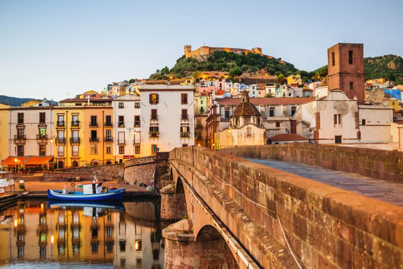 Discover Sardinian cities Is Cheas